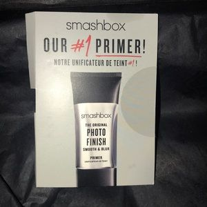 BNIB Smashbox Photo Finish Smooth + Blur Primer